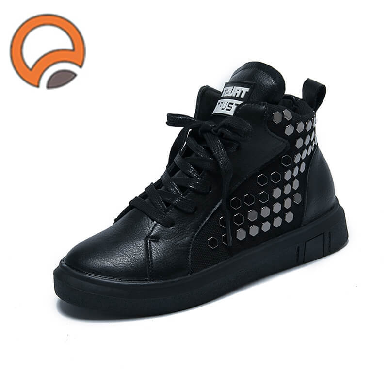 women fashion sneakers